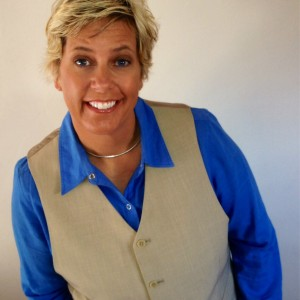 Sharon Fredrickson - Emcee in Hermosa Beach, California
