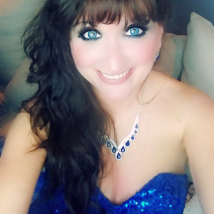 Sharon Priscilla Vieira    Back In time - Singer/Songwriter / Karen Carpenter Tribute in Bayville, New Jersey