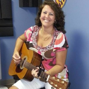 She Sings With Strings - Singing Guitarist / Acoustic Band in Sanibel, Florida