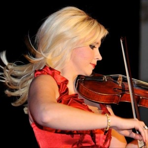 Siobhan Cronin Entertainment - Violinist / Strolling Violinist in Miami, Florida