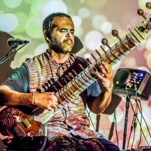 Sitar w/ World Groove Loops - Sitar Player / Middle Eastern Entertainment in Buffalo, New York