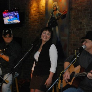 SmallTown Trio - Acoustic Band in Memphis, Tennessee