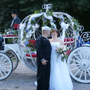 Smithfield Horse & Carriage, Ltd. - Horse Drawn Carriage / Prom Entertainment in Virginia Beach, Virginia