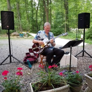 Smooth and Blue 1.0 - Jazz Guitarist / Guitarist in Ravenna, Ohio
