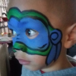 Sniggles & Giggles face painting - Face Painter / Halloween Party Entertainment in Milwaukee, Wisconsin