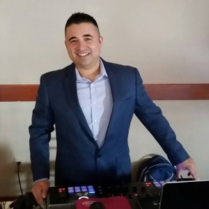 So Cal Mobile DJ - Wedding DJ / Club DJ in Los Angeles, California