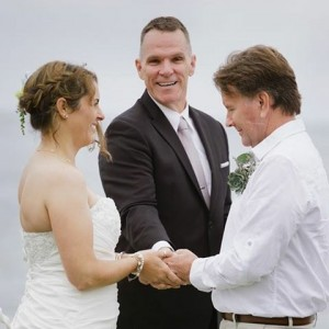 SoCal Christian Wedding Officiants - Wedding Officiant / Christian Speaker in Temecula, California
