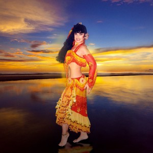 NJ, Philadelphia Arabic Belly Dance Star Soraya - Belly Dancer / Sideshow in Atlantic City, New Jersey