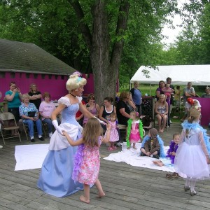 Fairytale Entertainment - Children's Party Entertainment / Costumed Character in Knoxville, Tennessee