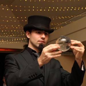 Spencer Scurr - Strolling/Close-up Magician / Halloween Party Entertainment in Toronto, Ontario