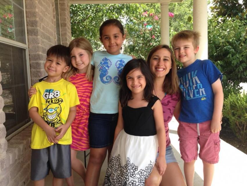 Hire Squishy Banana Studios - Children s Party Entertainment in Austin, Texas