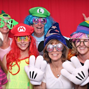 SSP Super Fun Photo Booth - Photo Booths / Wedding Entertainment in Thousand Oaks, California