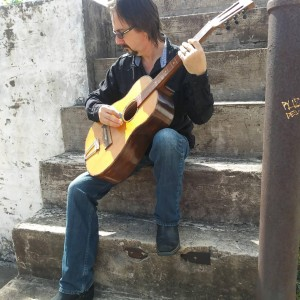 Roy Fletcher - Singing Guitarist in Houston, Texas