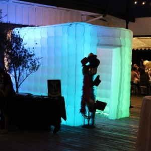 Stark Enterainment - Photo Booths / Family Entertainment in Moorpark, California