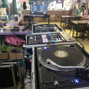 Stl-DJs - Mobile DJ / Outdoor Party Entertainment in St Louis, Missouri
