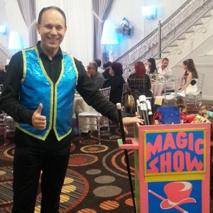 Stoil Stoilov - Party Magic Show - Children's Party Magician / Halloween Party Entertainment in Los Angeles, California