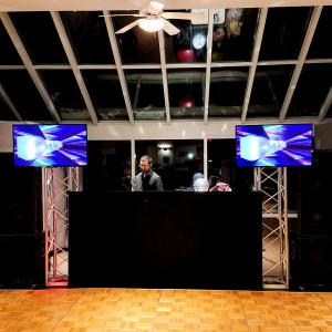 ETLOE Productions - Mobile DJ in Glenview, Illinois