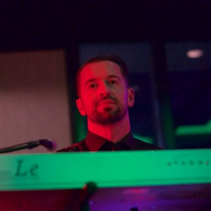 Stuart Moore - Keyboard Player in Sacramento, California