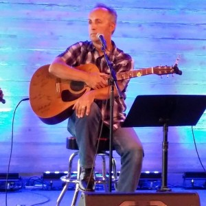 Wes Pelle - Singing Guitarist / Wedding Musicians in Knoxville, Tennessee
