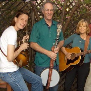 Suzanne and Dave - Acoustic Band in Canyon Country, California