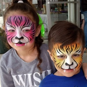 Swirls Face Painting - Face Painter in Biloxi, Mississippi