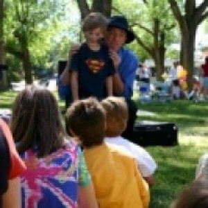 Tall Paul Magic - Balloon Twister / Outdoor Party Entertainment in Albuquerque, New Mexico