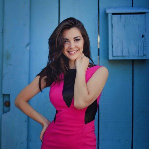 Tamara Usatova - Singing Pianist / Soul Singer in New York City, New York