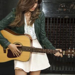 Tatiana Hazel - Singing Guitarist in Chicago, Illinois