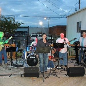 Telina Rudd and the B102 Band - Tribute Band in Ardmore, Oklahoma