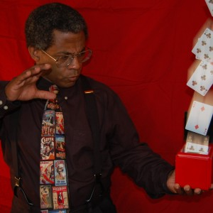 Terry Francis - Purveyor Of Magic & Mystery - Magician / Holiday Party Entertainment in Covington, Kentucky