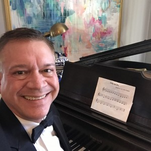 Terry Mikeska - Pianist / Holiday Party Entertainment in San Angelo, Texas