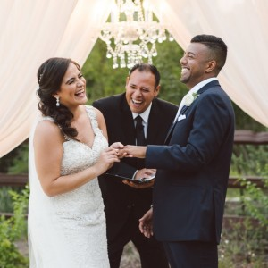 Texas Wedding Ministers - Wedding Officiant in San Antonio, Texas