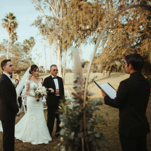 Texas Wedding Tales - Wedding Officiant in Brownsville, Texas