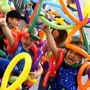 The Balloon Guy & Friends - Balloon Twister / Family Entertainment in Toronto, Ontario