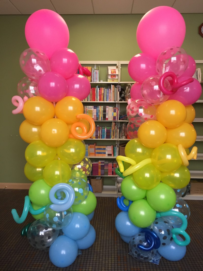 Hire the balloonatic balloon decor in los angeles