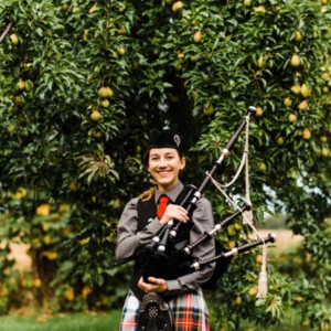 The Bonnie O Bagpiper - Bagpiper in Traverse City, Michigan