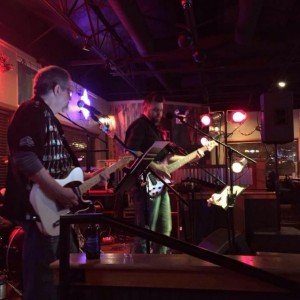 The Buzz Kings - Cover Band / Party Band in Jackson, Tennessee