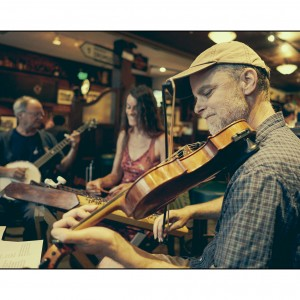 The Crooked Road Céilí Band - Celtic Music in Santa Cruz, California
