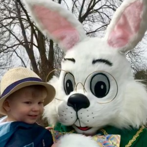 The Easter Bunny of Eastern Connecticut - Easter Bunny in Norwich, Connecticut