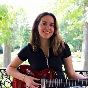 Hera Lynn - Singing Guitarist in Boston, Massachusetts