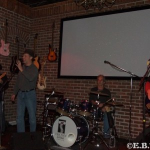 The Hess Tones - Cover Band in Cleveland, Ohio
