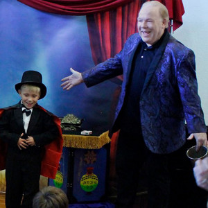 The Magic of Michael Clayton - Illusionist / Halloween Party Entertainment in Memphis, Tennessee