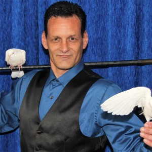 The Magic Of Michael Minter - Illusionist / Halloween Party Entertainment in Westchester, New York