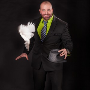 The Magic of Mike DiDomenico - Magician in Streamwood, Illinois