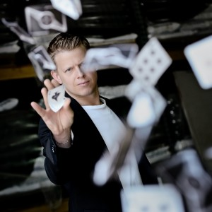 The Magic of Rick Smith Jr. - Magician / Illusionist in Cleveland, Ohio