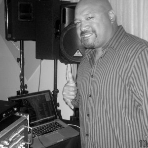 D.J. 2e - DJ / R&B Vocalist in San Bruno, California