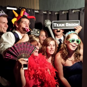 The Memory Box Photo Booth - Photo Booths / Prom Entertainment in Dearborn Heights, Michigan