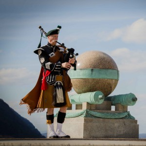 the North Sky Piper - Bagpiper in South Kent, Connecticut
