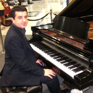 The Pianist - Classical Pianist / Violinist in Renton, Washington