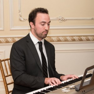 Steve EverLong - Pianist / Holiday Party Entertainment in East Rockaway, New York
